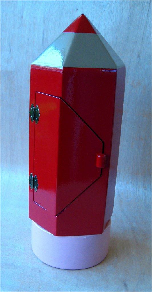 giantpencil-red-3-1.jpg